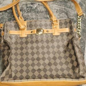 Marc Fisher bag